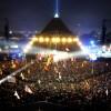 """Coldplay - лучшие хедлайнеры фестиваля """"Гластонбери"""" за всю историю"""
